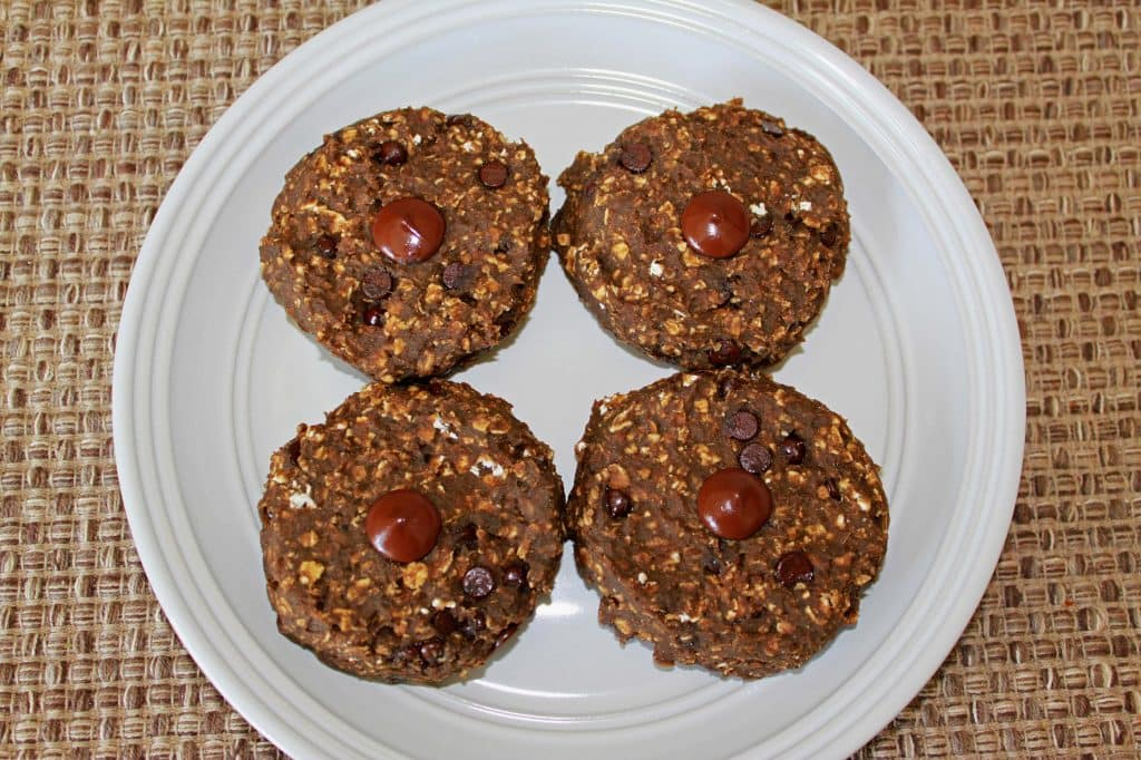 Protein Packed Oatmeal Chocolate Chip Cookies Recipe ...