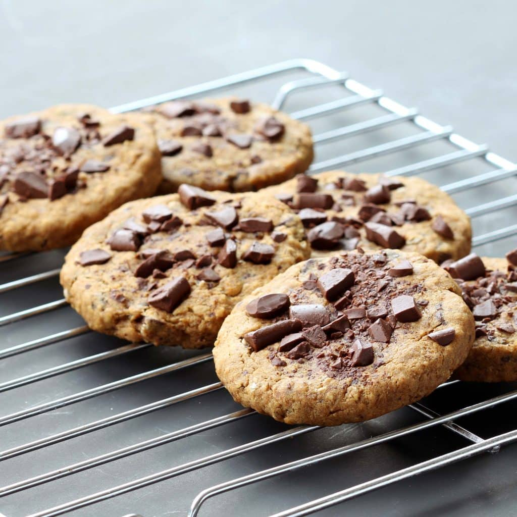 Ultimate Chocolate Chip Cookies – Cooling Cookies